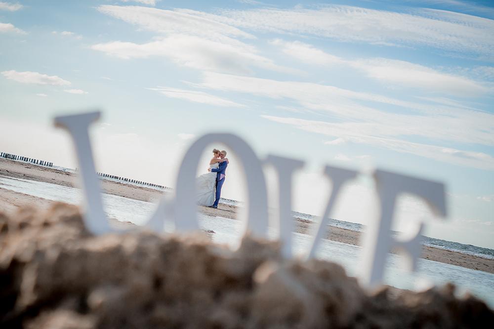 Bruidsreportage op het strand, Patricia & Matthijs